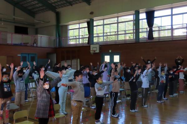校歌アレンジ「ラジオ体操」低学年