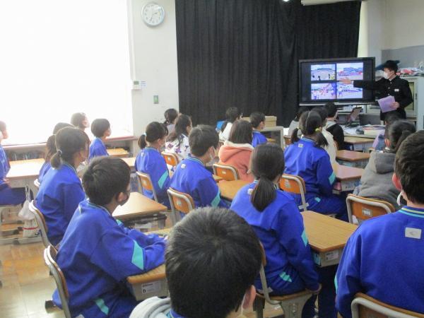 6年生「園部中学校説明会」