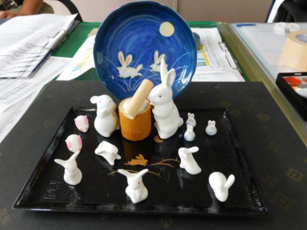 校長による職員室「季節の風物詩展示」